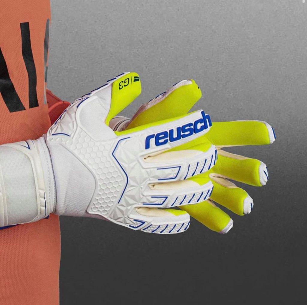 gants de gardien reusch attrakt freegel g3